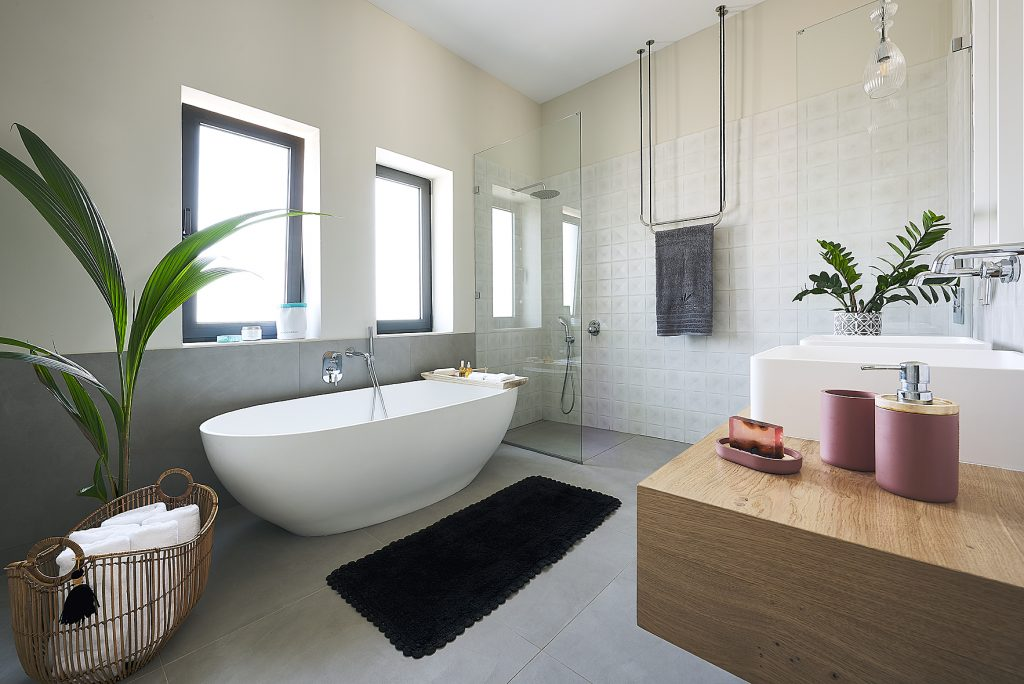 MARINA BATH TUB - S 18